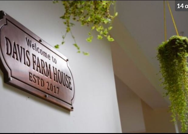 Davis farm House Image